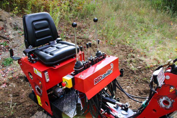 red runner mini excavator 2