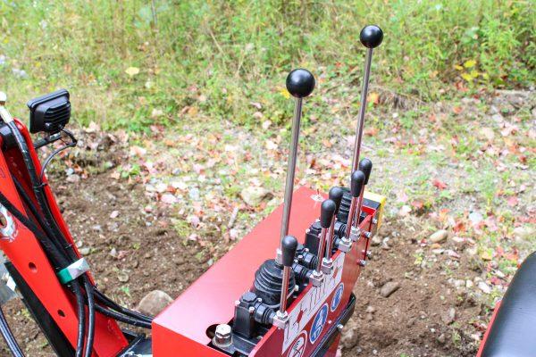 red runner mini excavator 4